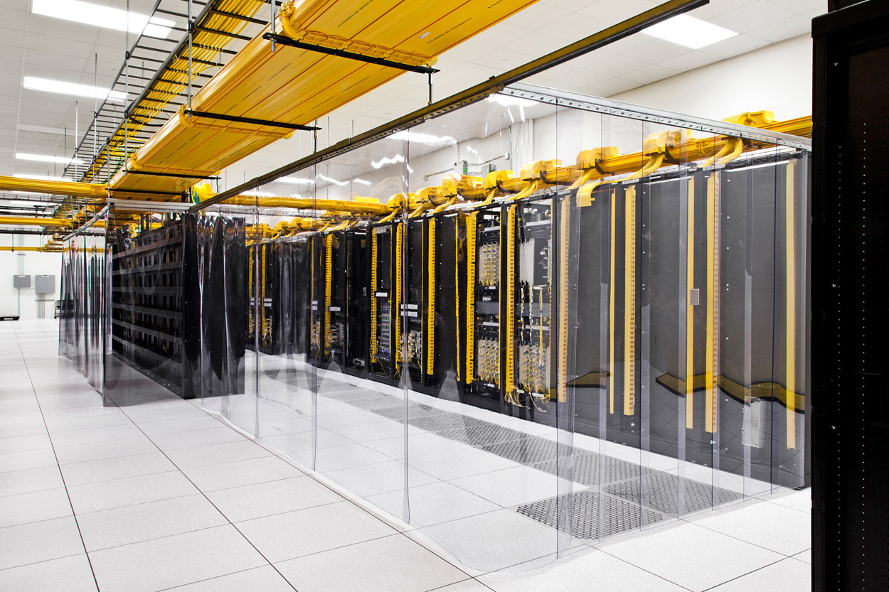 solutions-data-center-solutions-content-area2